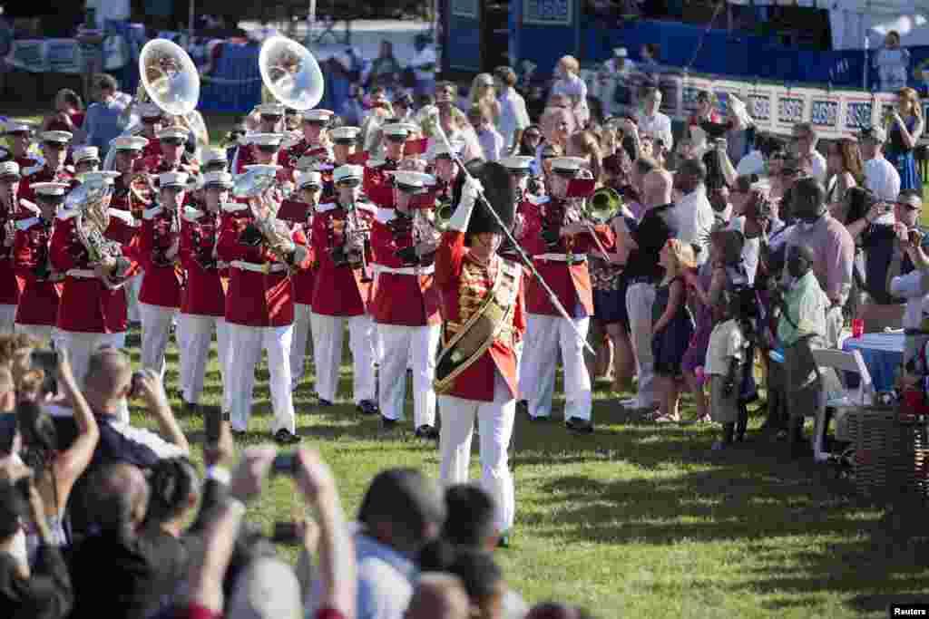 چار جولائی 1776ء کو امریکی قوم کی جنگِ آزادی کے سپہ سالاروں نے برطانوی اقتدار سے آزادی کا اعلان کیا تھا۔