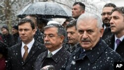 PM Turki, Binali Yildirim memberikan keterangan kepada media di Ankara,Turki, 30 Desember 2016 (Foto: dok).