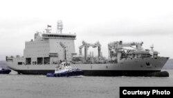 캐나다 해군함 아스테릭스.