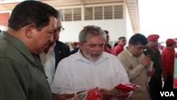 Chávez y Lula se reunieron en predios de producción del estado Anzoátegui para ver uno de sus proyectos en conjunto.