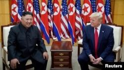 도널드 트럼프 미국 대통령과 김정은 북한 국무위원장이 지난달 30일 판문점에서 회동했다.