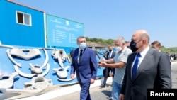 Thủ tướng Nga Mikhail Mishustin thăm đảo Iturup, ngày 26/7/2021.
