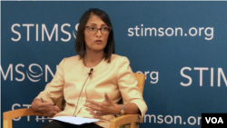 "Sumona Guha, Vice-President of the Albright Stonebridge Group, spoke at a panel on ""US Engagement on Indo-Pacific Infrastructure and Development"" held at Stimson Center in Washington DC, September 6, 2018. (Chetra Chap/VOA Khmer)"