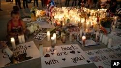 拉斯维加斯对大规模枪击事件的纪念活动(2017年10月3日)