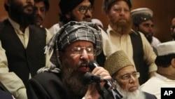یکی از اعضای کمیته مذاکره کننده طالبان با دولت پاکستان در لاهور، ۱۵ فوریه ۲۰۱۴