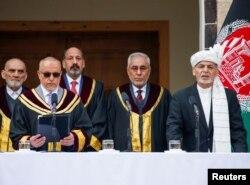 اشرف غنی نے پیر کو دوسری صدارتی مدت کے لیے حلف اٹھایا۔ (فائل فوٹو)
