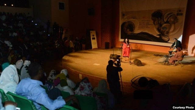 Audiences gathered in Khartoum for several days of the Sudan International Film Festival in January, 2014, where Egyptian singer Dina Wdid performed. (Courtesy Afifi Talal)