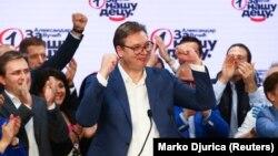 Slavlje posle izbora 21. juna u Srpskoj naprednoj stranci