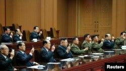 Severnokorejski lider Kim Džong Un na zasedanje Vrhovne narodne skupštine u Pjongangu 10. aprila 2014.