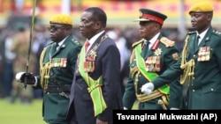 Zimbabwe President and VP Chiwenga 2