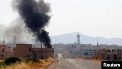 2016年8月31日叙利亚叛军攻击伊玛目镇后升起的烟雾