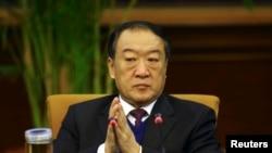 2012年3月6日中共江西省党委书记苏荣出席中国人大分组会议