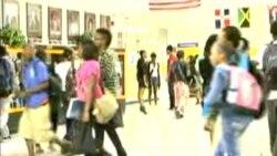 海地年轻人努力融入美国教育