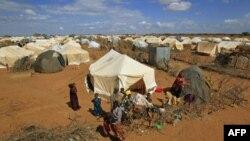 Trại tị nạn Dadaab là nơi cư trú của hơn 400.000 người tị nạn Somalia