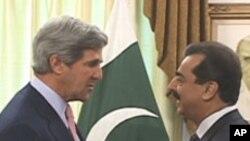 پاکستانی وزیر اعظم کا دورہ چین، امریکی ماہرین کی نظر میں