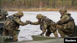 """Učesnici vježbe """"Spoj trozupca"""" u Norveškoj"""