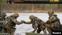 NATO-nun Norveçdə Trident Juncture təlimləri