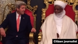 John Kerry, sakataren harkokin wajen Amurka da Mai Martaba Sarkin Musulmi Sa'ad Abubakar III a fadar sarkin dake Sokoto