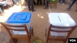 À espera dos votos