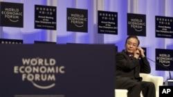 溫家寶2011年9月14日出席大連主辦的世界經濟論壇。(資料照片)
