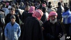 Izbeglice na granici Sirije i Turske, 15. februar 2016.