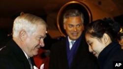 รัฐมนตรีกลาโหมสหรัฐ Robert Gates กล่าวว่า สหรัฐจะตอบโต้ความก้าวหน้าทางทหารของจีนอย่างเหมาะสม