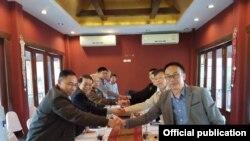 NRPC နဲ႔ ရွမ္းျပည္ျပန္လည္ထူေထာင္ေရးေကာင္စီ ကိုယ္စားလွယ္အဖဲြ႔ ေဆြးေႏြး (ဓါတ္ပံု -Zaw Htay Facebook)