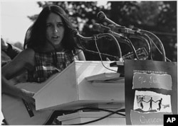 Joan Baez, Washington, 1963.