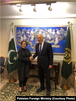 Pakistan Foreign Secretary Tehmina Janjua receives US special representative Zalmay Khalilzad at the Foreign Office for official delegation-level talks between the two countries in Islamabad, Oct. 09, 2018.