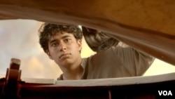 Сурадж Шарма в роли Пи. Кадр из фильма «Жизнь Пи»