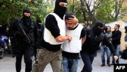 Полиция Греции в поисках «почтовых террористов»