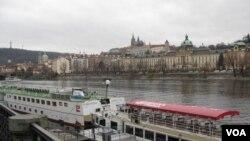 捷克成为中俄间谍人员喜爱之地。图为捷克首都布拉格。(美国之音白桦)
