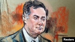 Former Trump campaign manager Paul Manafort is shown in a court room sketch on the fifth day of his trial on bank and tax fraud charges stemming from Special Counsel Robert Mueller's investigation into Russian meddling in the 2016 U.S. presidential election, in federal court in Alexandria, Virginia.