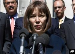 《纽约时报》前记者朱迪斯•米勒2005年对面媒体