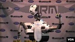 Salah satu robot yang dipamerkan di pameran robot, Denver.