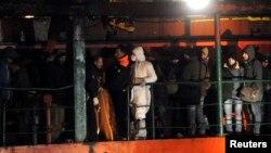 Komisi Eropa akan memperketat upaya pencegahan penyelundupan manusia, setelah dua kapal mengangkut ratusan migran terdampar di lepas pantai Italia pekan ini.