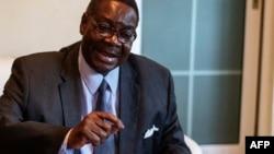 Hoton Peter Mutharika, wanda ya lashe zaben shugaban kasar Malawi, da aka gudanar ranar talata.