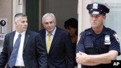 Αποσύρθηκαν οι κατηγορίες κατά του Ντομινίκ Στρος Καν