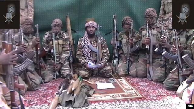 Man claiming to be leader of Nigerian Islamist extremist group Boko Haram, Abubakar Shekau, in video screengrab, unknown location, Sept. 25, 2013.