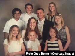 Greg Homan and family