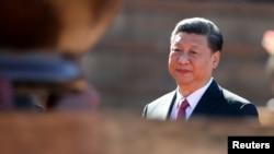 中国国家主席习近平访问南非时抵达比勒陀利亚的联合大厦(2018年7月24日)