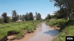Nyamasaria Water Works in Kisumu, Kenya cleans water from the muddy Kibos River. (VOA/A. Khayesi)