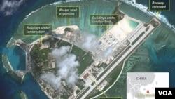 남중국해 파라셀 군도 우디 섬에 중국이 건설한 활주로가 보인다. 미국의 지정학 정보회사인 스트라포 사가 촬영한 위성사진.