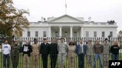 Пикет в поддержку геев-военных у Белого дома