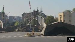 NATO: Protestuesve serbë u është dhënë mundësia të zhbllokojnë rrugët