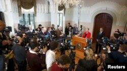 9일 노르웨이 오슬로에서 노벨위원회가 기자회견을 열고 올해의 노벨 평화상 수상자를 발표하고 있다.