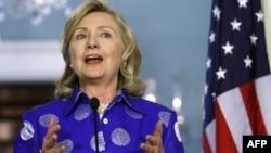 Клинтон заявила, что Асад «не является незаменимым»
