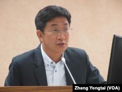 台灣執政黨民進黨立委蔡適應(美國之音張永泰拍攝)