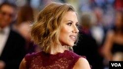 Entre las más perjudicadas se encuentra la actriz Scarlett Johansson, de quien fueron aireadas unas fotografías desnuda.