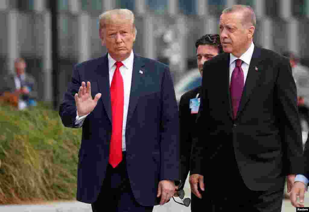 روسای جمهوری آمریکا و ترکیه در مراسم آغازین نشست سران ناتو